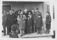 Uncle Al Goes to Wargworek_family-thumb-320x223-137.jpg
