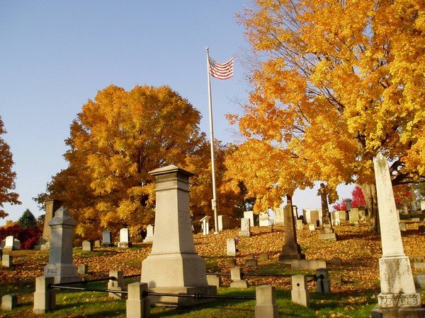 Autumn flag at Wethersfield CT cemetery.